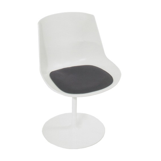 Filz Kissen Flow chair Jean Massaud Parkhaus Berlin