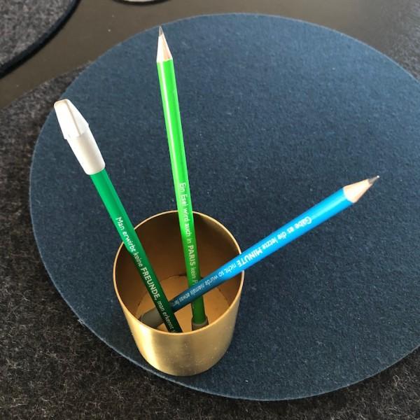 Bleistift mit Spruch Raumformplan Stifthalter Messing